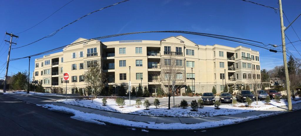 100 St. Georges Luxury Condominiums